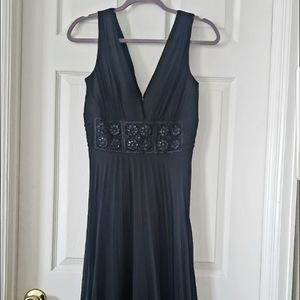 BCBG Paris🔥beautiful🔥dress black-size 4
